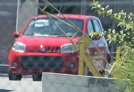 fiat uno at border