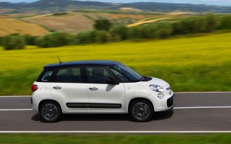 2013-Fiat-500L-passenger-side-view-1024x640