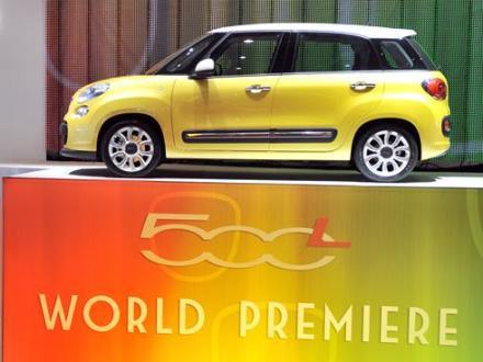 Fiat-500L-Geneva-show-Mar62012x-large